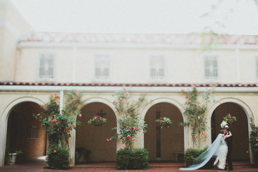 Dallas Bride and Groom at Christ the King Catholic Church