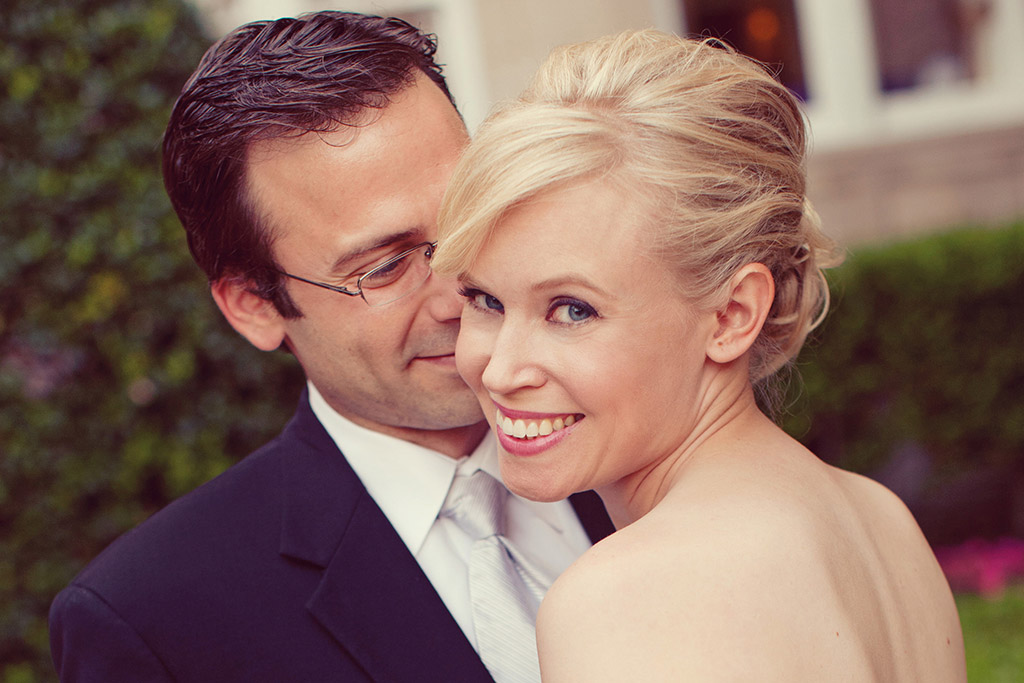 Bride and Groom at Warwick Melrose Hotel, Dallas Wedding