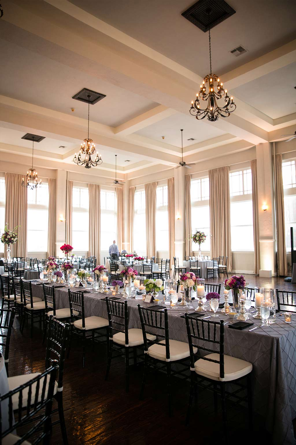 Wedding Photo Gallery   The Room on Main   Dallas   After Yes