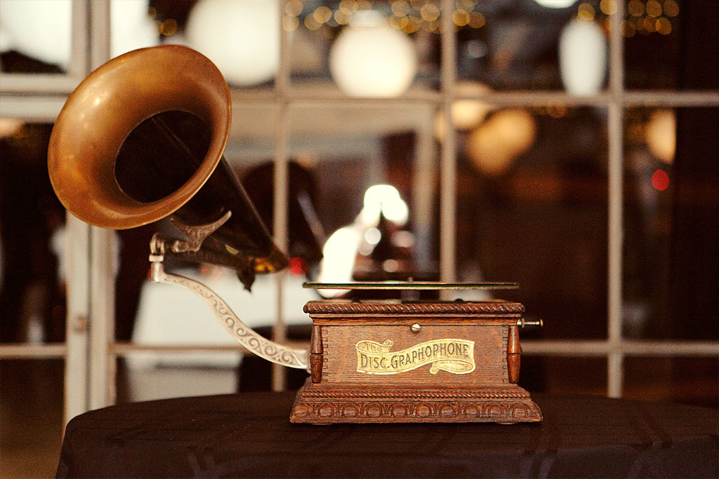 antique gramophone record player playing At Last for wedding reception first dance