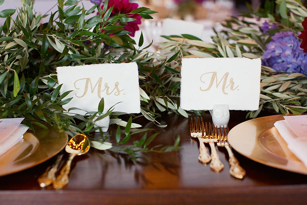 Mr and Mrs gold calligraphy place cards